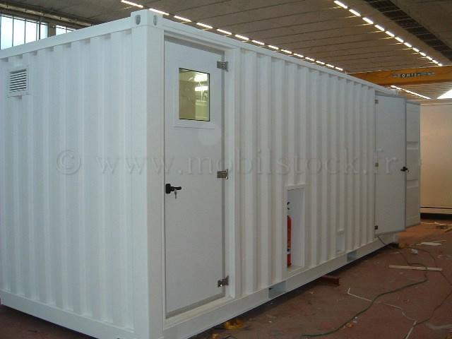 Aménagement d un conteneur en bureau isolé